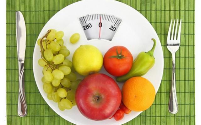 Állítólag mindenkinek gondja van a súlyával