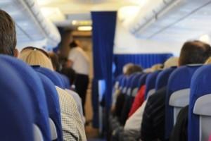 Vonaton, repülőn, villamoson