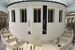 Városlátogatás, kultúrhiénázás