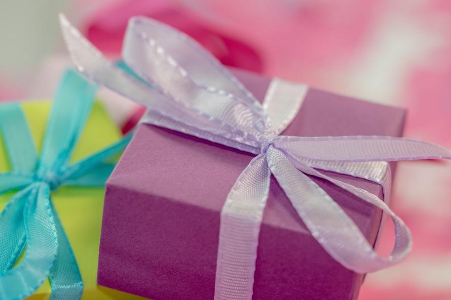 Ha megajándékoznak, milyen ajándéktárgynak tudsz igazán örülni?