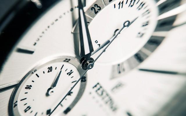Mondjon véleményt az óraátállításról!