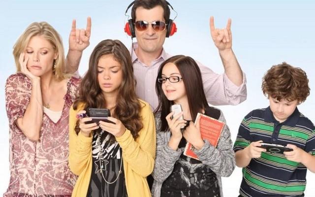 A Modern család című sorozatban, mi volt Phil Dunphy foglalkozása?