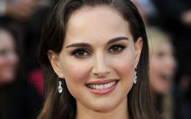 Natalie Portman angol, amerikai vagy ausztrál származású?