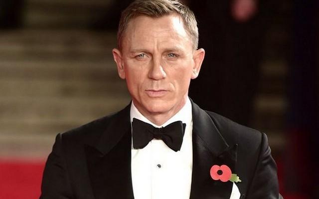 Daniel Craig angol, amerikai vagy ausztrál származású?