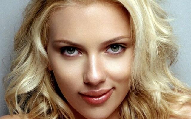 Scarlett Johansson angol, amerikai vagy ausztrál származású?