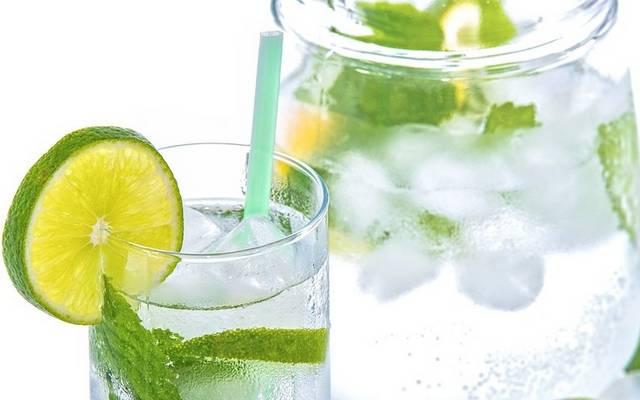 Elegendő folyadékot fogyasztasz? Megiszol naponta 2-4 liter vizet, nem cukros teát, gyümölcslevet?