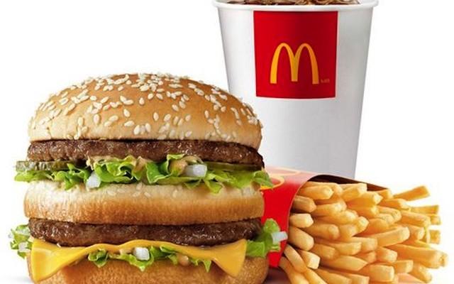 Gondolnád, mennyi kalóriát tartalmaznak kedvenc ételeid és italaid? Tippeld meg!