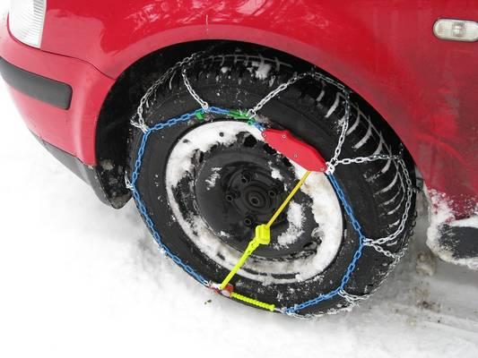 Kötelező-e gépkocsidban készenlétben tartanod a hóláncot?