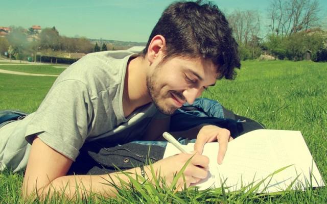 Ötperces helyesírási kvíz - Teszteld, hogy büszke lenne-e rád a magyartanárod