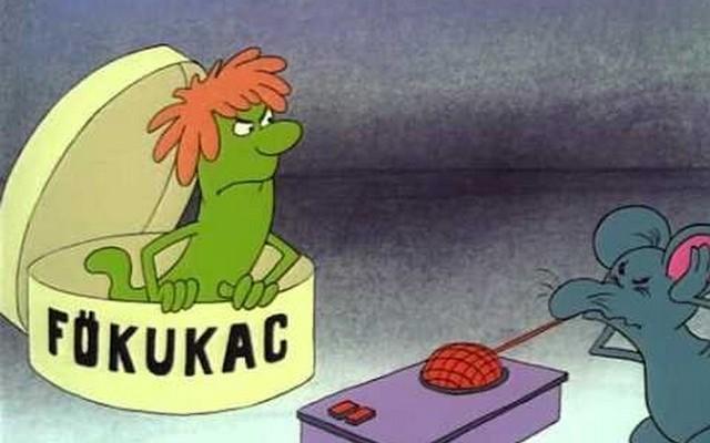 A képen látható Főkukac (magyar hangja: Mikó István), melyik híres magyar rajzfilm szereplője?