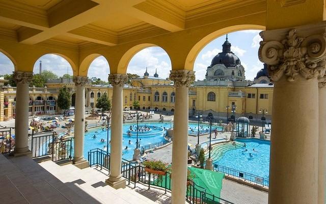 Melyik magyarországi fürdő ez?