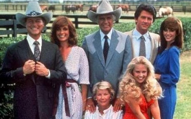 Ki volt az a karakter, aki a Dallas minden részben szerepelt?