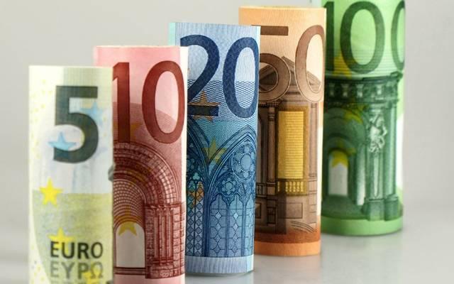 Melyik országban fizettek lírával az euró bevezetése előtt?