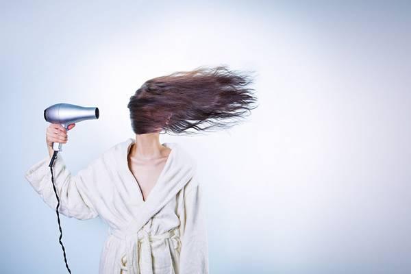Melyik nem hajvágási mód?