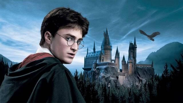Mi a valódi neve J. K. Rowlingnak?
