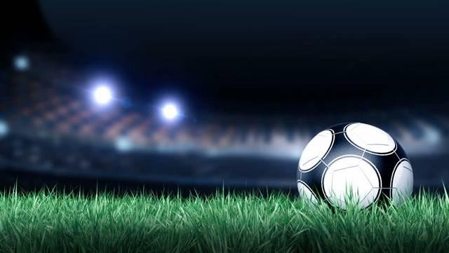 Melyik csapatban focizik Eppel Márton?