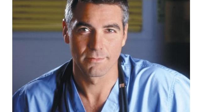 Ki a magyar hangja a Vészhelyzet című sorozatban Ross doktornak? (George Clooney állandó szinkron hangja)