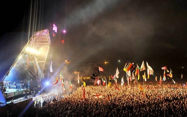Melyik országban rendezik meg a Galstonbury Fesztivált?