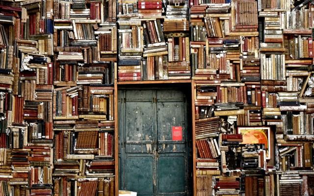 Vajon meg tudod mondani világhírű könyvek szerzőit?