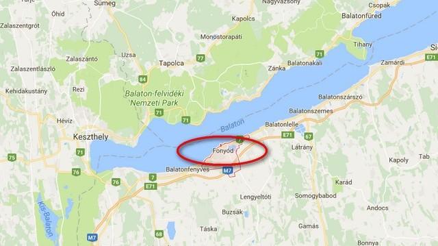Fonyód a Balaton a déli partján található.