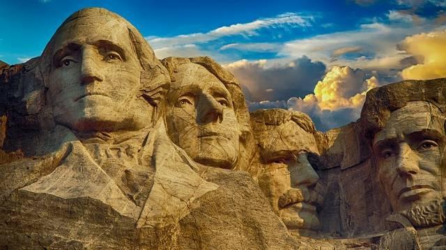Ki volt az első amerikai elnök?