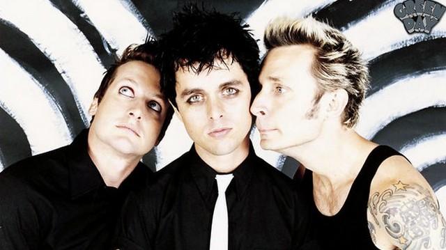 Melyik amerikai punk-rock együttest látod a képen?