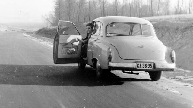 Milyen autó ez? 1960-as fotó: Fortepan