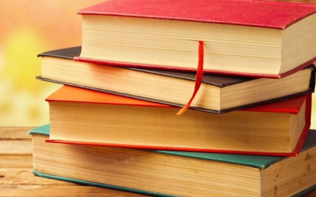 A legnépszerűbb magyar regények. Ki írta őket?
