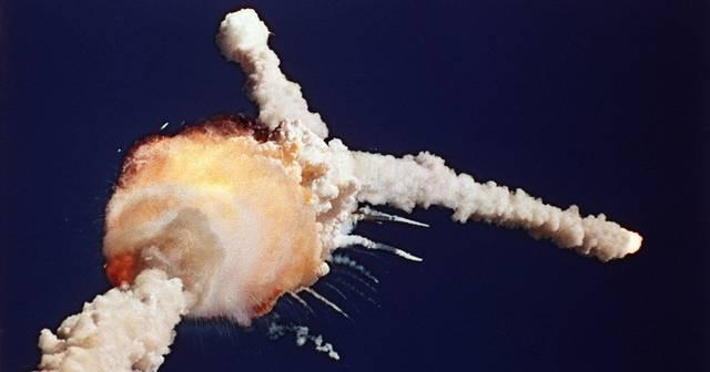 Felrobbant a Challenger űrrepülőgép