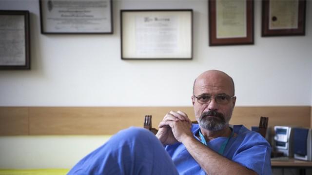 Zacher Gábor toxikológus többször említette már, hogy neki is vannak függőségei. Az egyik a dohányzás. Mi a másik?