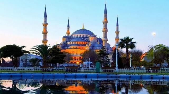 Bizánc és Konstantinápoly Isztambul régebbi elnevezése, így Palermo a kakukktojás.