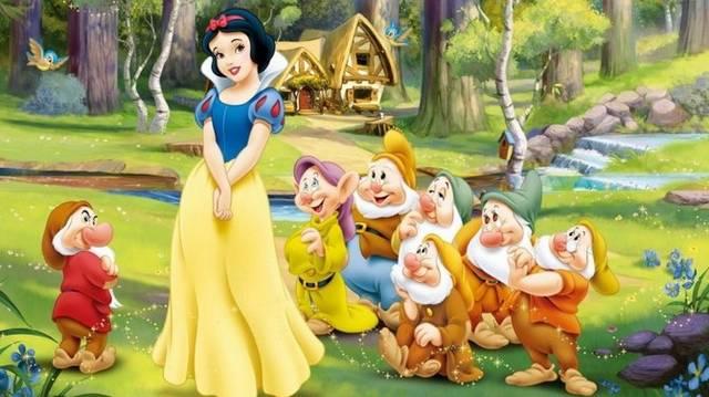 Népszerű mese: Hófehérke ennyi törpének főzött vacsorát és takarította ki otthonát