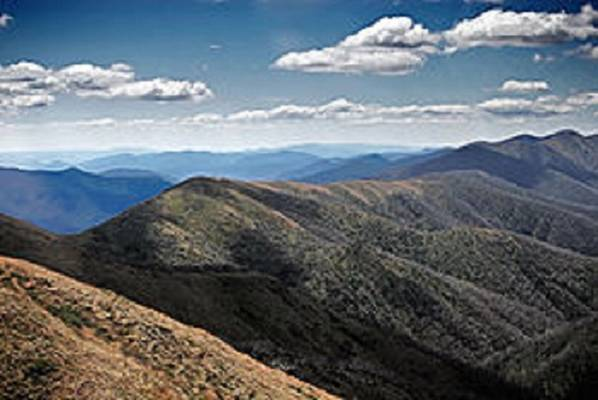 Melyik kontinens hegysége a Nagy-Vízválasztó-hegység?