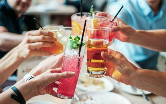Piál a Föld – A nagy szeszes ital kvíz