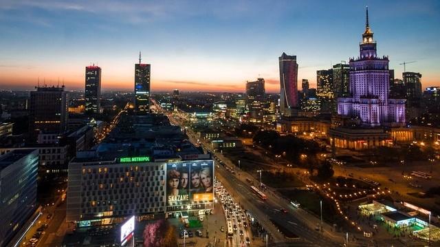 Válaszd ki Lengyelország fővárosát!