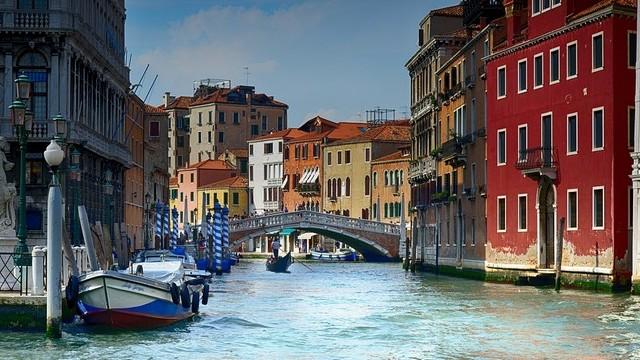 Hol található a Canal Grande?