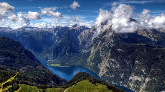 Hol található az Appenninek-hegység?