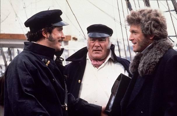 A 91 részes sorozat története Liverpoolban és a tengeren játszódik, a XIX. századi alsó és felső középosztály életébe enged kalandos és romantikus bepillantást. A főszereplő Peter Gilmore.