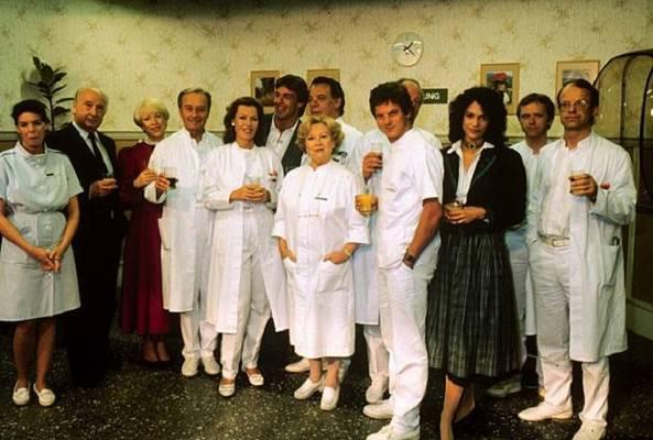Ki ne emlékezne a Glottertalban játszódó NSZK sorozatból Brinkmannékra, Christára, Elkére, Hildegardra, Mühlmannra vagy épp Mischára?