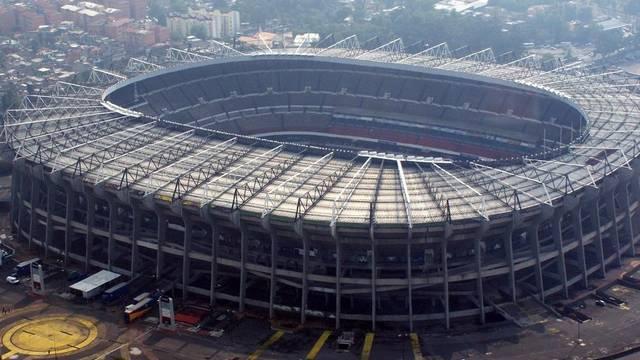 Mi a neve Mexikó legnagyobb stadionjának?