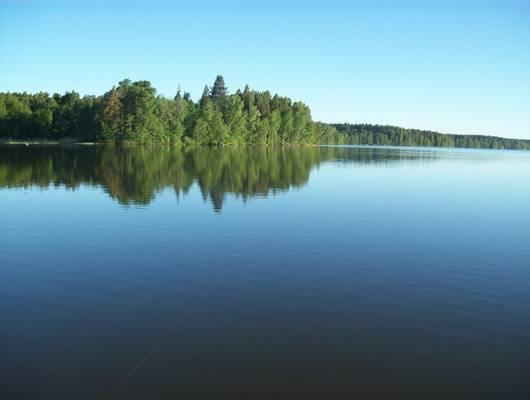 """Melyik ország az """"Ezer tó"""" országa?"""