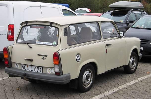 Mikor gyártották az első Trabantot az NDK-ban?