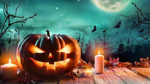 Milyen származású országban tartották  eredetileg a Halloweent?