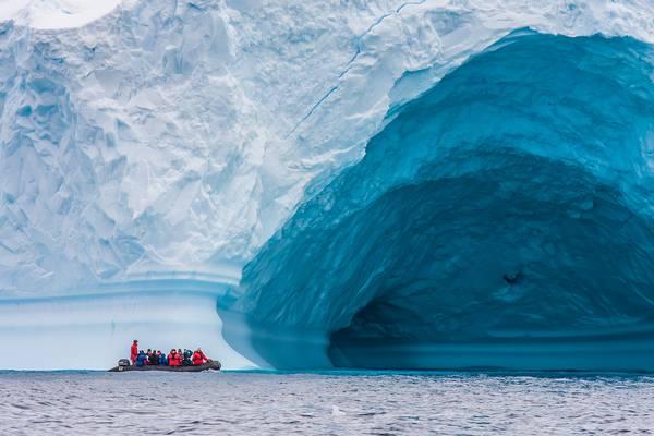 Melyik földrészt borítja jég?