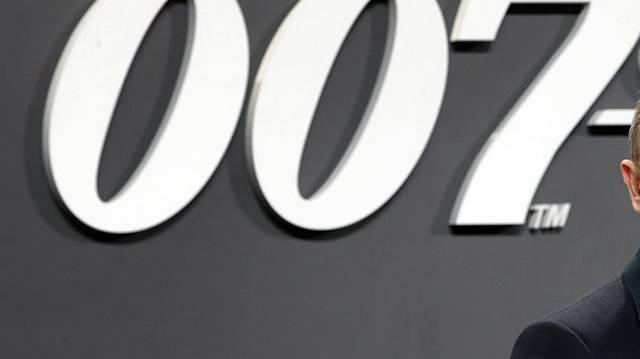 Melyik színész játszotta már James Bondot?