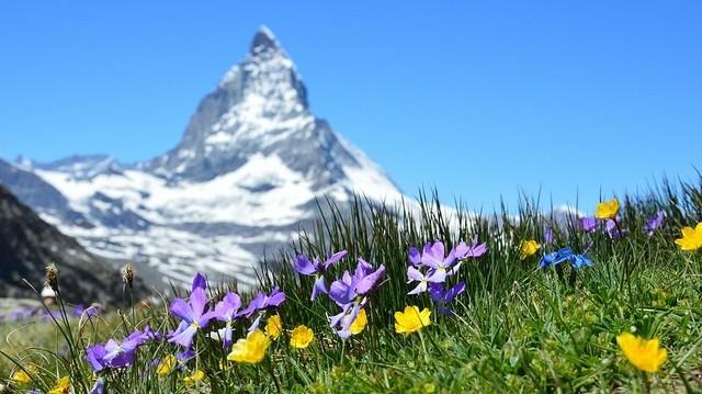 Válaszd ki Svájc fővárosát!
