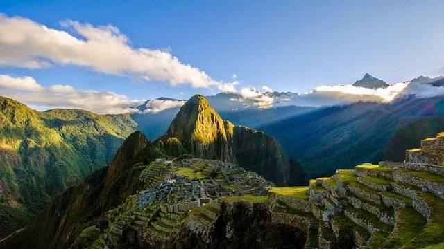 Melyik a legnagyobb hegység a Földön?