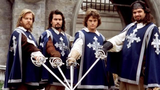 Ki volt a regényben a három testőr fő ellenfele?