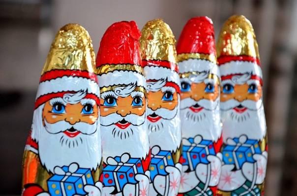 Melyik évben kezdték el a magyar csoki Mikulások gyártását?