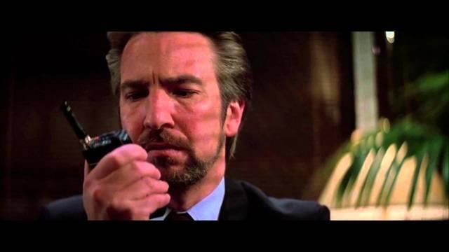 Ki játssza a Die Hard című film férfi főszerepét?